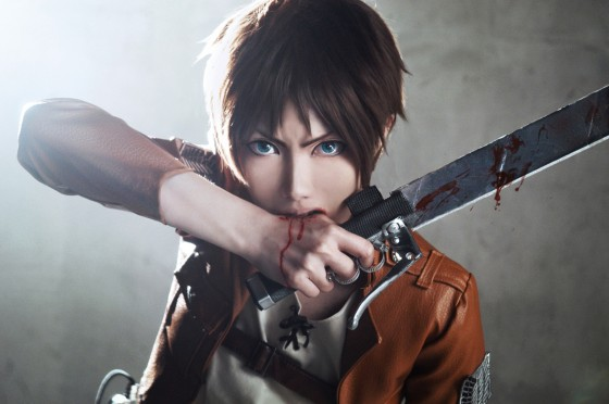 attack of titan cosplay Eren03