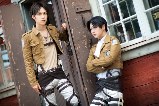 attack of titan cosplay Eren05