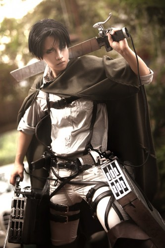 attack of titan cosplay levi03