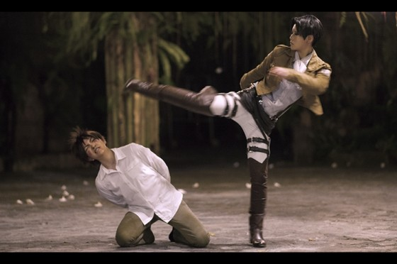 attack of titan cosplay levi04