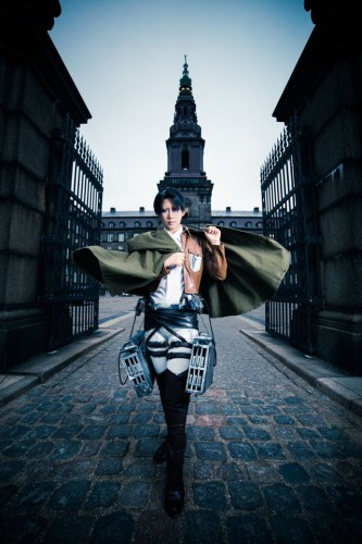 attack of titan cosplay levi06