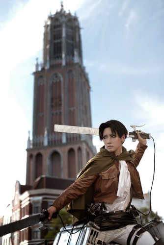 attack of titan cosplay levi09