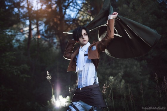 attack of titan cosplay levi15
