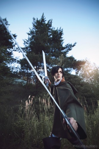 attack of titan cosplay levi21