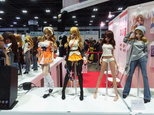 2. Danny Choo's smart doll's booth (1)