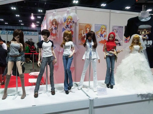 3. Danny Choo's smart doll's booth (2)