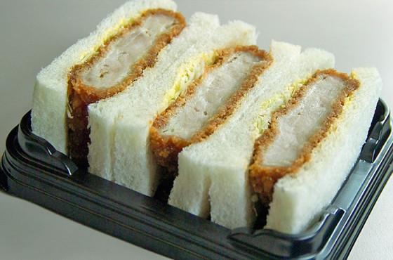 ELYAF-EggSalad-Sandwiches-and-Katsusandwiched-Egg-Salad-1-560x315 [Anime Culture Monday] Anime Recipes! - Egg Salad Sandwiches (Shigatsu wa Kimi no Uso) & Katsu Sandwiches (Gochuumon wa Usagi Desu ka?)