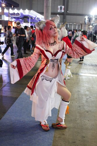 TGS-2016-cosplay-37