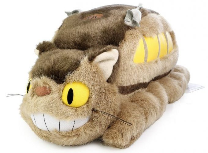 2-Tototro-sofa-ACM-Anime-Plushies-1-1-680x500 [Anime Culture Monday] Top 10 Anime Plushies