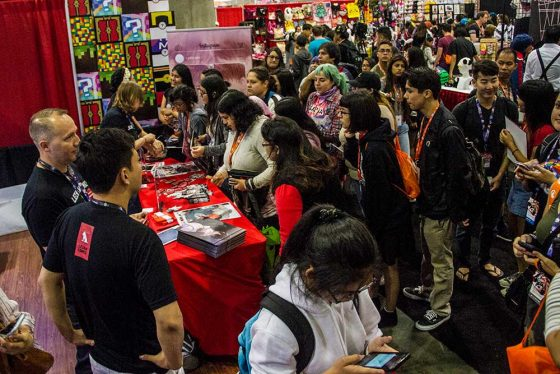 Lezhin-560x374 Thousands Swarm Lezhin at Anime Expo 2017