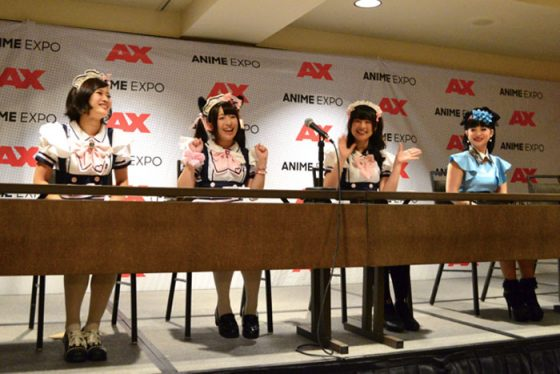 MM-01-AX-2017-Press-Conference Maidreamin and MomoMc AX 2017 Press Conference