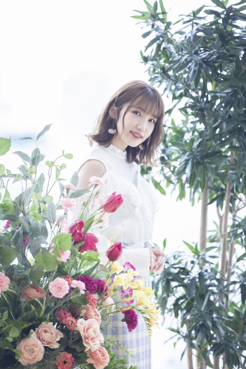 "Aya-Uchida-1-500x750 Aya Uchida, ANiUTa's Artist of the Month for May 2019, shares stories about her childhood on her interview titled ""I Was a Real Child of Nature"""