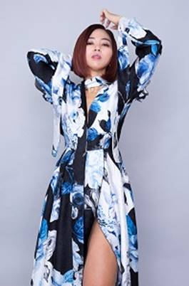 [Honey's Anime Interview] MINMI and Her New Tribute Song to Shiki no Uta