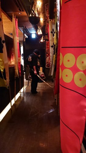 Sengoku-Buyuden-hallway-281x500 [Anime Culture Monday] Sengoku Buyuden - The Treats of the Sengoku Era Minus the Wars