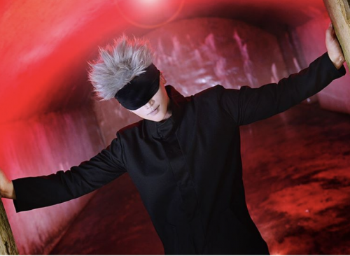"International Cosplayer Reika's Satoru Gojo from Jujutsu Kaisen Deemed  ""Perfect!"" and ""So Cool"" by Fans Worldwide! We Agree!"